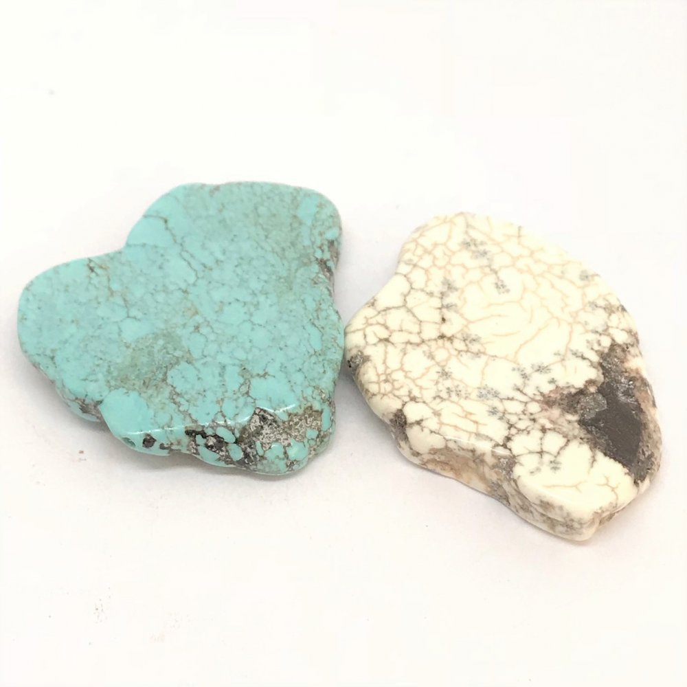Flat Rock Howlite Bead<br>Assorted Colours<br>Large (25mm)